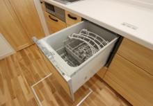 食洗器 後片付けのわずらわしさを解消して、食後のゆとりのひとときを。