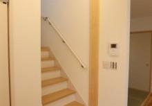 リビング階段 リビングイン階段になっておりますので、お子さんとのコミュニケーションを考慮しております。