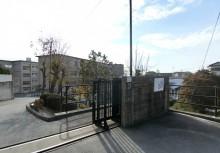 甲山中学校   徒歩25分(1983m)