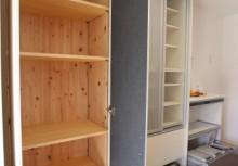 カップボード キッチン横にある食品庫は、毎日の食卓を賑わす食材が豊富に収納できます。また、収納内部にも自然素材を使用する事によって湿気が溜まりやすい収納も木の調湿でスッキリ!
